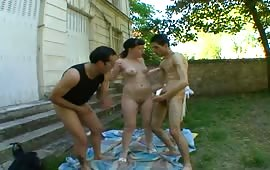 Outdoor threesome with a french nympho