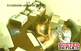 Office slut loves giving handjobs
