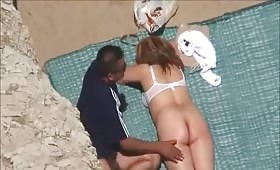Outdoor blowjob on the beach